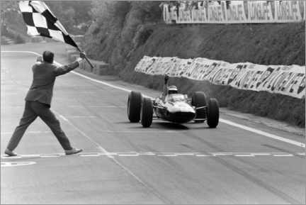 Póster  Jim Clark takes the chequered flag, French GP 1965