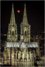 Vinilo para la pared  Blood moon shines over Cologne Cathedral - rclassen