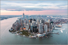 Vinilo para la pared  Aerial view of lower Manhattan with One World Trade Center at sunset, New York city, USA - Matteo Colombo