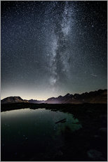 Vinilo para la pared  Nightscape from Muottas Muragl with small pond  Engadin, Switzerland - Peter Wey