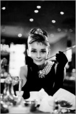 Vinilo para la pared  Audrey Hepburn en Desayuno con diamantes - Celebrity Collection