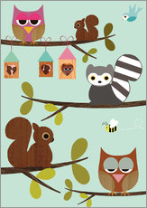 Vinilo para la pared  Happy Tree with cute animals - owls, squirrel, racoon - GreenNest