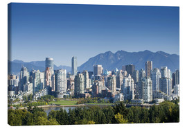 Lienzo  Skyline of Vancouver with mountains on the horizon - E. O. Reed