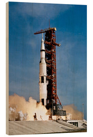 Madera  Apollo 11 space vehicle taking off from Kennedy Space Center - Stocktrek Images