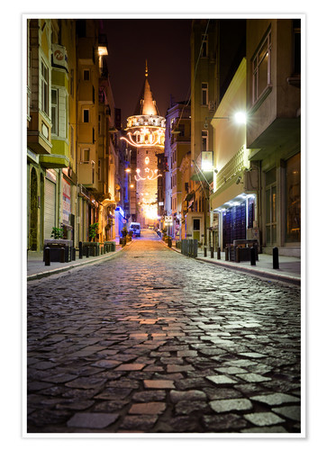 Póster The famous Galata-Tower at night (Istanbul/Turkey)