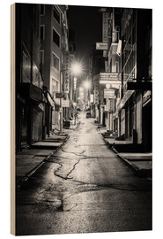 Madera  a dusky street at night in Istanbul - Turkey - gn fotografie