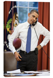 Lienzo  President Barack Obama talks on the phone