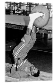 Forex  Joe Frazier during training with a medicine ball