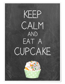Póster  Keep calm and eat a cupcake on chalkboard - GreenNest