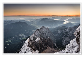 Póster  Sunrise from Zugspitze mountain with view across the alps - Andreas Wonisch