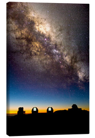 Lienzo  Mauna Kea telescopes and Milky Way - David Nunuk