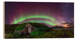 Madera  Auroral over Viking house, Greenland - Juan Carlos Casado