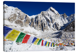 Lienzo  Prayer flags at the case camp of Mount Everest - Christian Kober