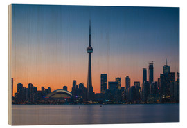 Cuadro de madera  View of CN Tower and city skyline, Toronto, Ontario, Canada, North America - Jane Sweeney