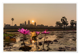 Póster  Sunrise over the west entrance to Angkor Wat, Angkor, UNESCO World Heritage Site, Siem Reap, Cambodi - Michael Nolan