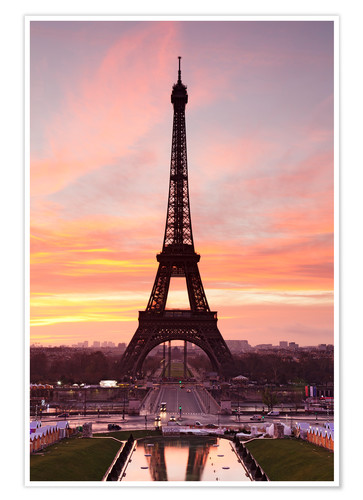 Póster Eiffel Tower at sunrise