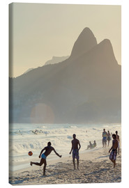 Lienzo  Locals playing football on Ipanema - Alex Robinson