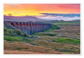 Póster Pen-y-ghent and Ribblehead Viaduct on Settle to Carlisle Railway, Yorkshire Dales National Park, Nor