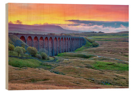 Cuadro de madera  Pen-y-ghent and Ribblehead Viaduct on Settle to Carlisle Railway, Yorkshire Dales National Park, Nor - Alan Copson