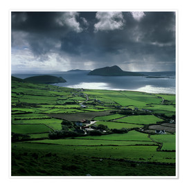 Póster View over Blasket Sound to the Blasket Islands and Slea Head, The Dingle Peninsula, County Kerry, Mu
