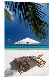 Cuadro de metacrilato  Lounge chairs on tropical beach - Sakis Papadopoulos