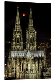Metacrilato  Blood moon shines over Cologne Cathedral - rclassen