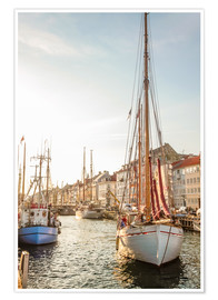 Póster  Old sailing boat in evening light in Nyhavn in Copenhagen. Denmark - Christian Müringer
