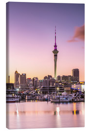 Lienzo  Skyline of Auckland city and harbour at sunrise, New Zealand - Matteo Colombo