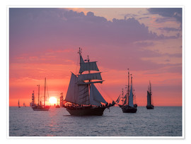 Póster  Sailing ships on the Baltic Sea in the evening - Rico Ködder