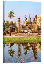 Lienzo  Wat Mahathat buddhist temple reflected in pond, Sukhothai, Thailand - Matteo Colombo