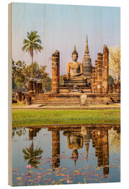 Cuadro de madera  Wat Mahathat buddhist temple reflected in pond, Sukhothai, Thailand - Matteo Colombo