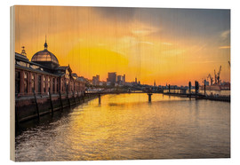 Cuadro de madera  Hamburg - historic fish market at dawn