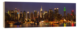 Madera  Illuminated New York skyline at night