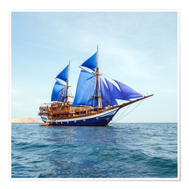 Póster  Vintage Wooden Ship with Blue Sails