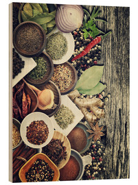 Madera  Spices And Herbs On Rusty Old Wood