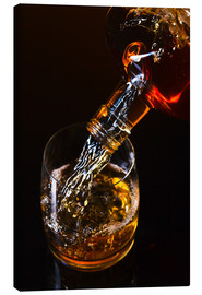 Lienzo  whiskey and ice on a glass table