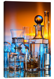 Lienzo  alcoholic drinks on glass table