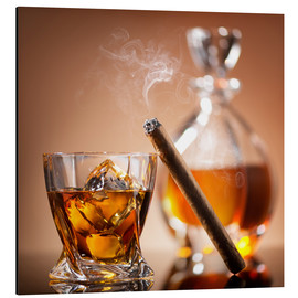Aluminio-Dibond  Cigar on glass of whiskey with ice cubes
