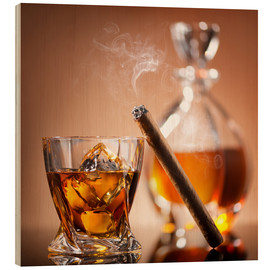 Cuadro de madera  Cigar on glass of whiskey with ice cubes
