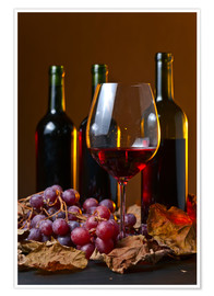 Póster red wine with grapes and vine leaves