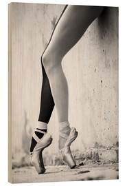 Madera  Ballet in black and white