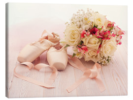 Lienzo  Ballet shoes with bouquet