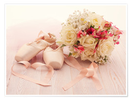 Póster  Ballet shoes with bouquet