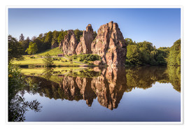 Póster Rocks with reflection in the lake