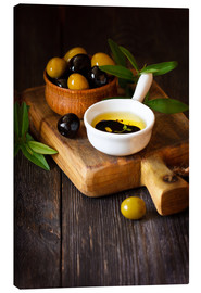 Lienzo  Green and black olives