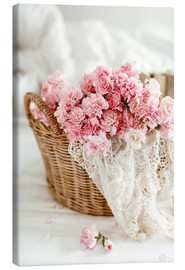 Lienzo  Pink Pastel Flowers in wicker basket