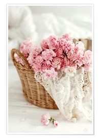 Póster  Pink Pastel Flowers in wicker basket