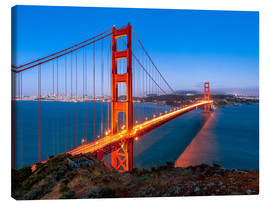Lienzo  Night shot of the Golden Gate Bridge in San Francisco California, USA - Jan Christopher Becke