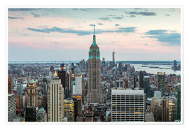 Póster Manhattan skyline with Empire State building at sunset, New York city, USA