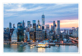 Póster  Freedom tower and lower Manhattan skyline at dusk, New York, USA - Matteo Colombo
